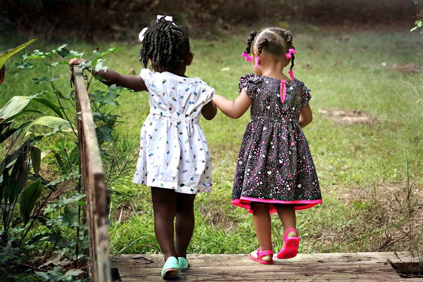 Criancas Brincando Ao Ar Livre