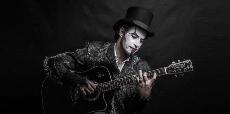 O Teatro Mágico Traz Turnê 'Voz E Violão' A Campinas Nesta Quinta-feira
